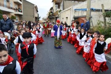 carnevale-cattafese-sicilia-a-maschira-carnevale-2016-foto-(1)