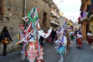 carnevale-cattafese-sicilia-a-maschira-carnevale-2016-foto-(19)