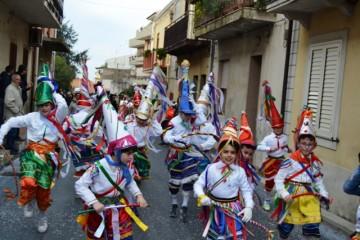 carnevale-cattafese-sicilia-a-maschira-carnevale-2016-foto-(2)