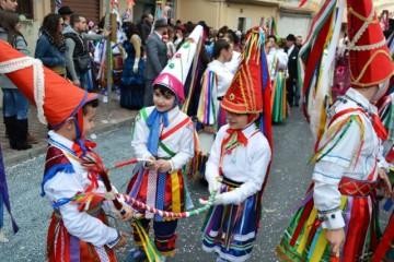 carnevale-cattafese-sicilia-a-maschira-carnevale-2016-foto-(31)
