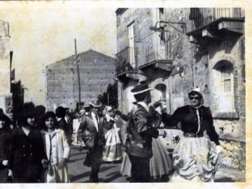 carnevale-cattafese-sicilia-a-maschira-foto-storiche-(26)