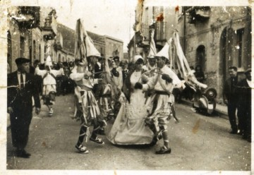 carnevale-cattafese-sicilia-a-maschira-foto-storiche-(50)