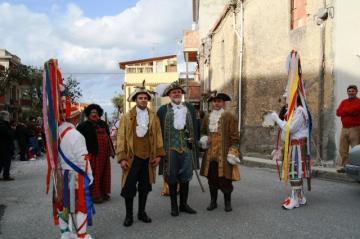 a-maschira-carnevale-cattafese-carnevale-2012-foto-01